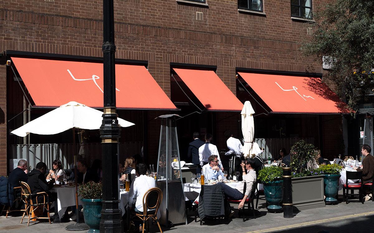 restaurant awnings