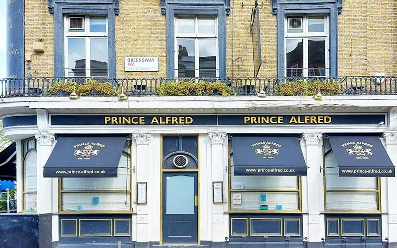 Traditional Marlesbury Pub Awning for Prince Alfred in Queensway, London